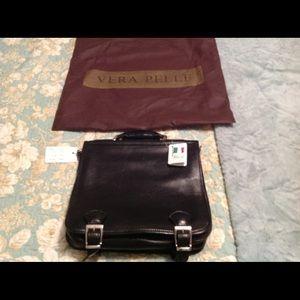 Other - Men's Italian black leather messenger bag